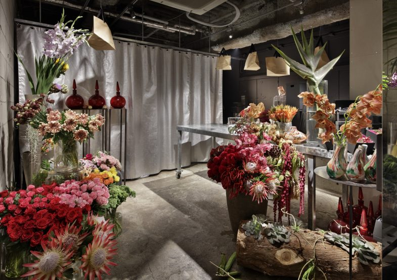 works_emi-flower_ginza03